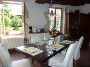 table_hotes_bourgogne_montagne_aux_alouettes_yonne_nature